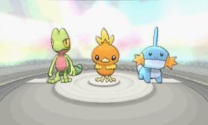 Starter-Pokémon (v. l. Geckarbor, Flemmli, Hydropi)