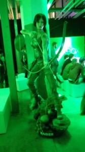 Tolle Lara-Statue